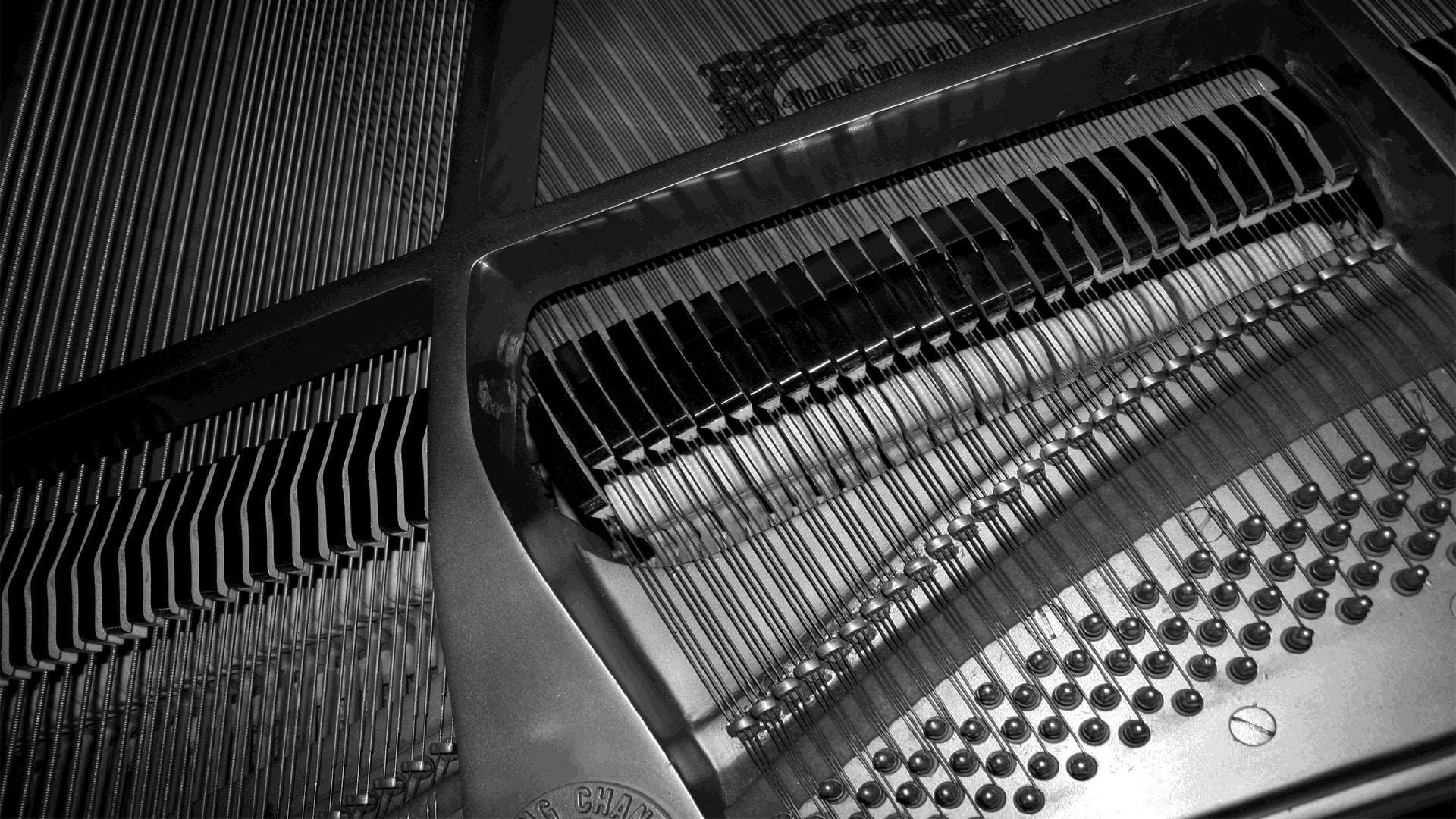 PRO PIANO TRACKS